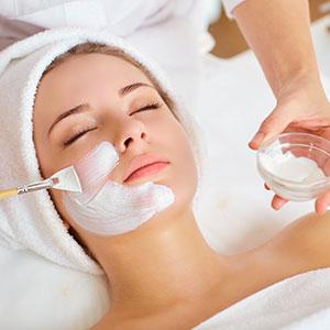 Disse terapeutiske behandlinger kombinerer avancerede teknikker, ekspertrådgivning og Dermalogica-hudplejesystemet